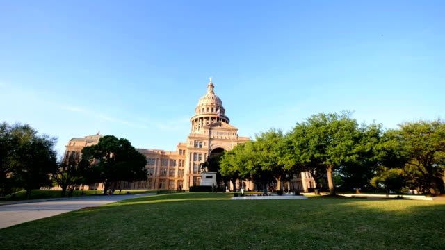 austin, tx: state capitol building - capital cities stock videos & royalty-free footage