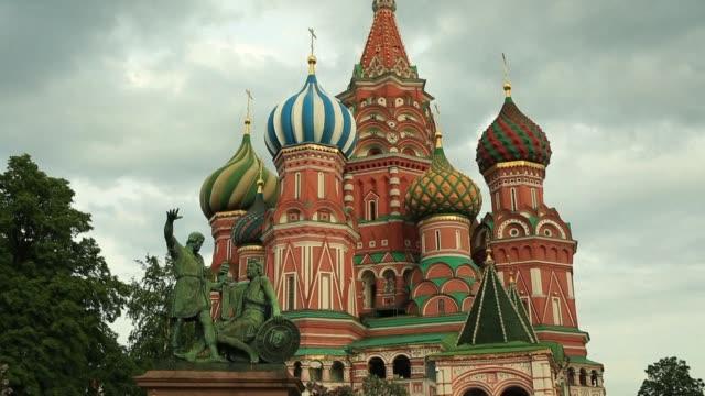 Australia anuncio el martes la expulsion de dos diplomáticos rusos en el marco de la respuesta coordinada de los paises occidentales que en total...