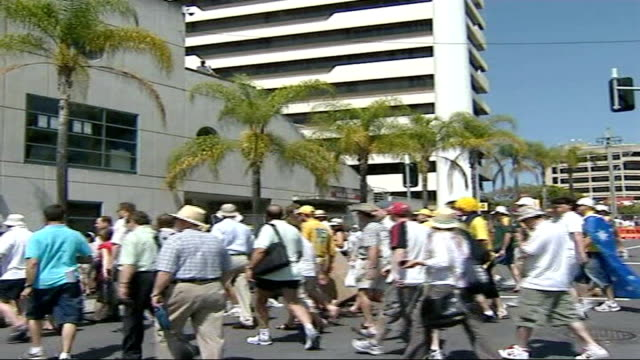day two australia brisbane ext general views cricket fans arriving at ground - test cricket stock videos & royalty-free footage