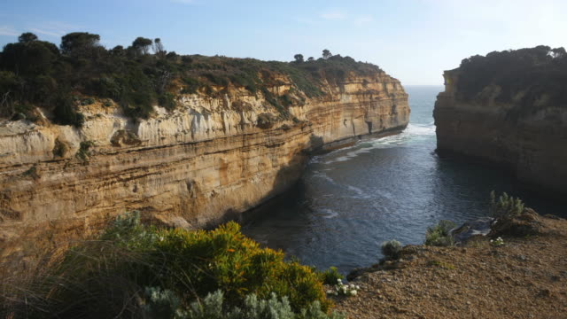 australia great ocean road loch ard gorge - great ocean road stock videos & royalty-free footage