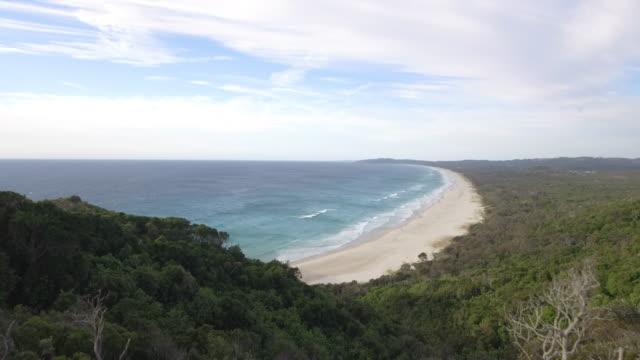 australia_4k_drone_landscape_bayronbay_beach - western australia bildbanksvideor och videomaterial från bakom kulisserna