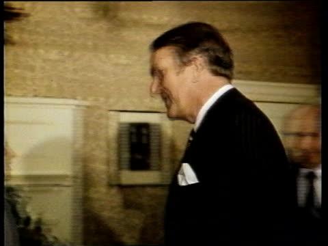 Australian Election Australian Election ENGLAND London Downing Street MS Fraser and Margaret Thatcher walk RL CMS Fraser