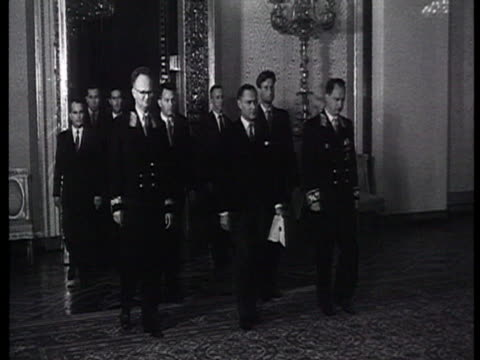 vídeos de stock e filmes b-roll de australian political delegation brezhnev newly appointed ambassador of australia john keith waller presents his credentials letters to leonid... - leonid brezhnev