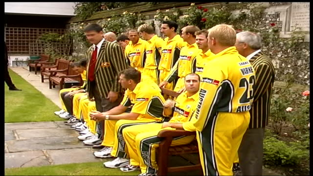 australian team photocall at lords itn london lord's cricket ground ext australian cricket players along / australian players gathered / australian... - fototermin stock-videos und b-roll-filmmaterial