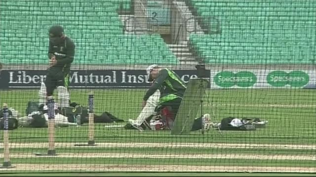 Australian team training ahead of 5th Ashes test Australian cricketers practising in the nets ahead of the 5th Ashes test match against England
