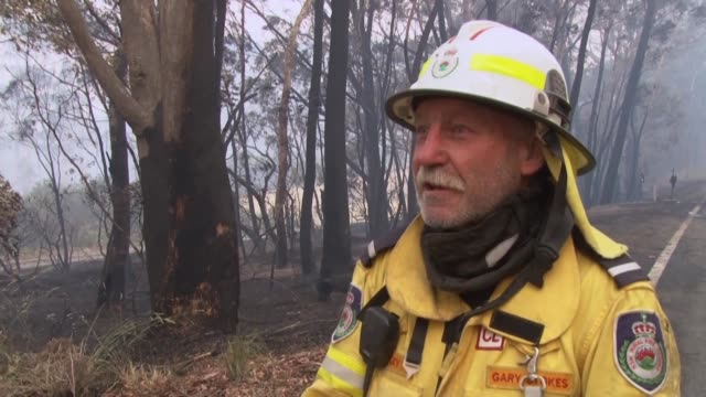 australia's volunteer firefighters are at the frontline of the battle against massive bushfires that have been ripping through the country for the... - firefighter stock videos & royalty-free footage