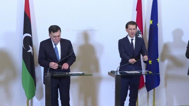 vídeos y material grabado en eventos de stock de austrian chancellor sebastian kurz and libyan prime minister fayez alsarraj give joint press conference in vienna - cultura austríaca