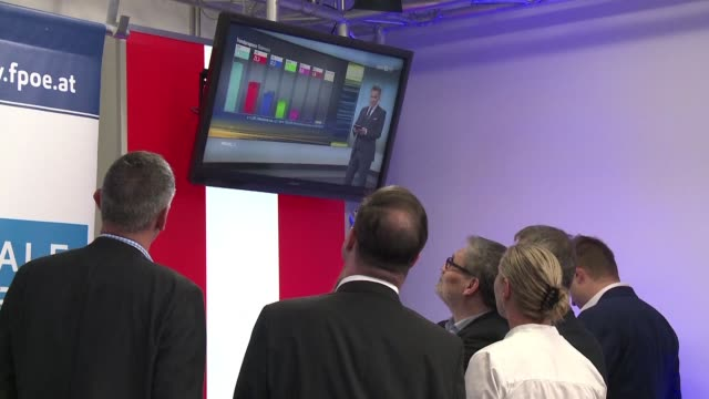 vídeos de stock, filmes e b-roll de austrian mep harald vilimsky head of the farright freedom party list in the european elections is applauded by supporters after a media forecast... - austrian culture