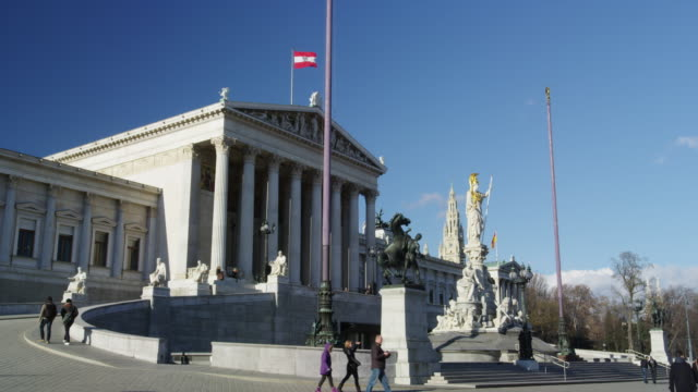 austrian parliament building - austria video stock e b–roll