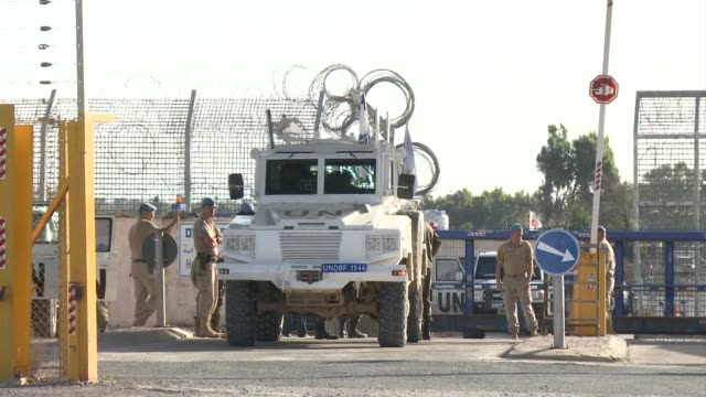 vídeos de stock, filmes e b-roll de austrian troops in the un monitoring force on the golan heights began withdrawing on wednesday days after vienna decided to quit the mission over... - cultura austríaca