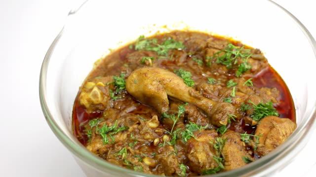 authentische indische indische curry-huhn - indischer abstammung stock-videos und b-roll-filmmaterial