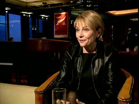 stockvideo's en b-roll-footage met author helen fielding describes how the popularity of her character bridget jones developed 1999 - dagboek