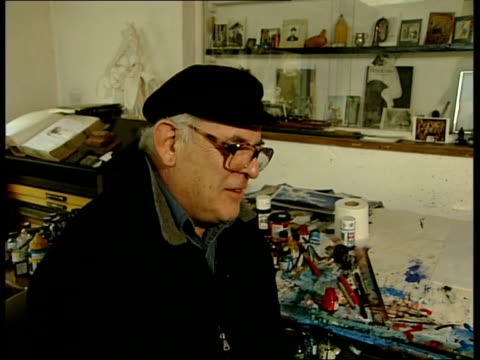 author hunter s thompson commits suicide ralph steadman interview sot it was a blow to hear that at three in the morning then i thought 'you bastard'... - ralph steadman stock videos & royalty-free footage