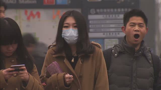 Authorities in Beijing have introduced stricter measures in an effort to tackle critical pollution levels Cars the biggest pollutant must now conform...