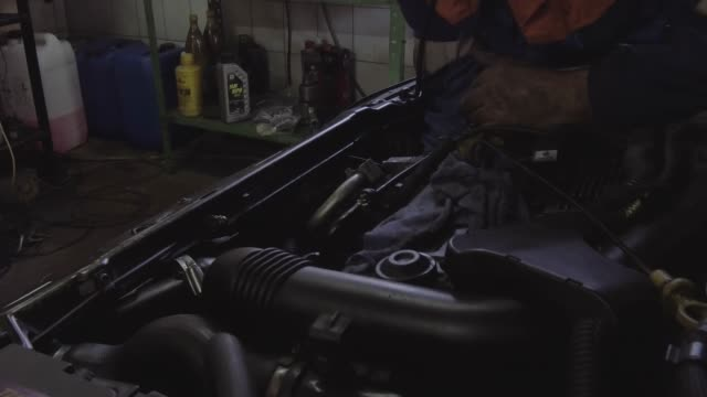 auto mechanic workshop - motor oil stock videos & royalty-free footage