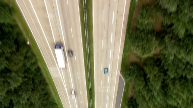 Bundesautobahn 7 nach Süden in Richtung Hannover - Luftbild - senken, Sachsen, Deutschland