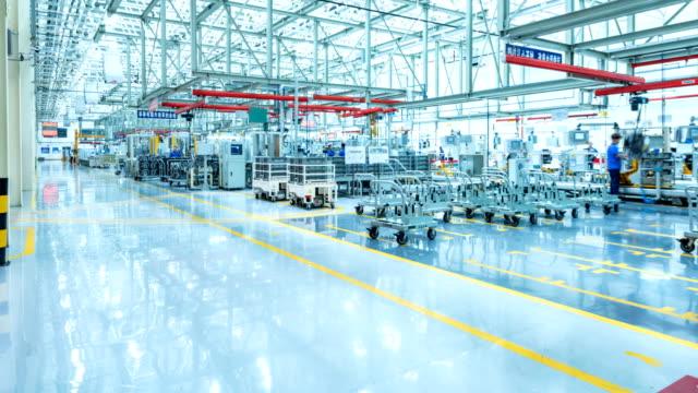 produktionsutrustning för bilfabrik - bilindustri bildbanksvideor och videomaterial från bakom kulisserna
