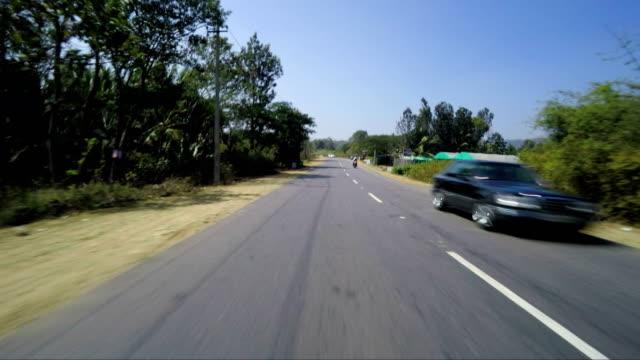 stockvideo's en b-roll-footage met auto snelweg - botsauto