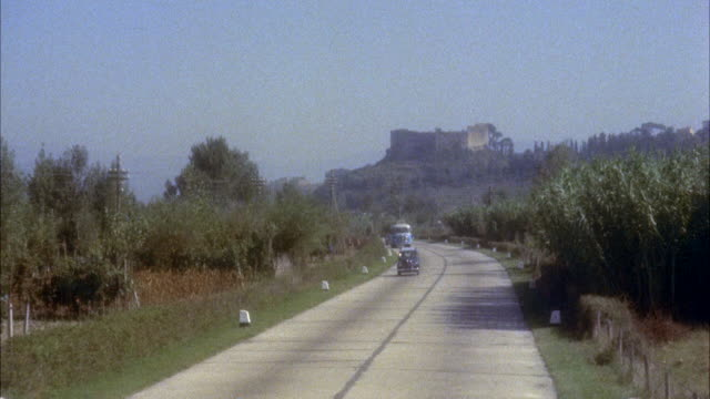 ms autostrada (highway) between pisa and lucca / italy - anno 1954 video stock e b–roll