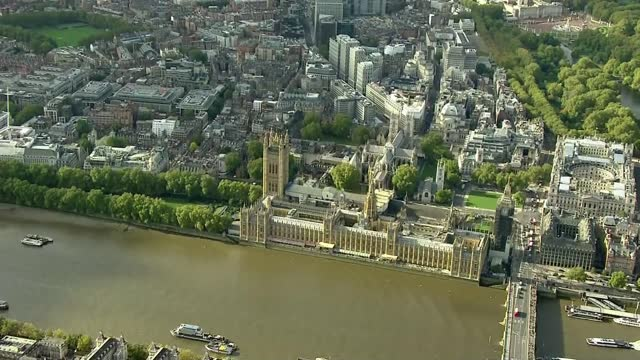 rishi sunak opts to increase public spending; england: london: ext air views / aerials above thames and over house of parliament to buckingham palace - itv london tonight stock videos & royalty-free footage