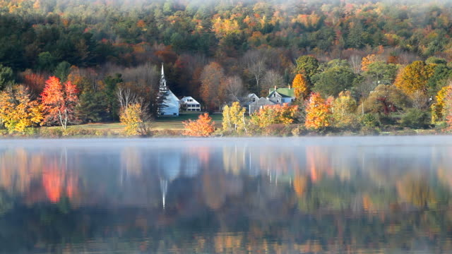 herbst in new hampshire - new hampshire stock-videos und b-roll-filmmaterial