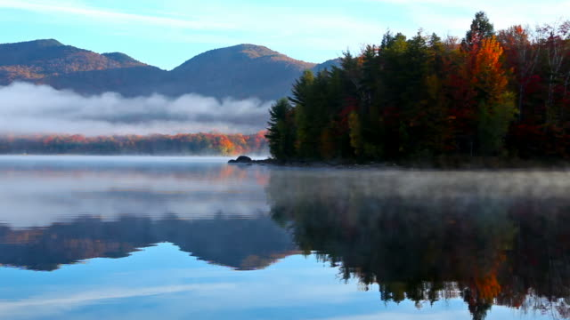 herbst in vermont - vermont stock-videos und b-roll-filmmaterial