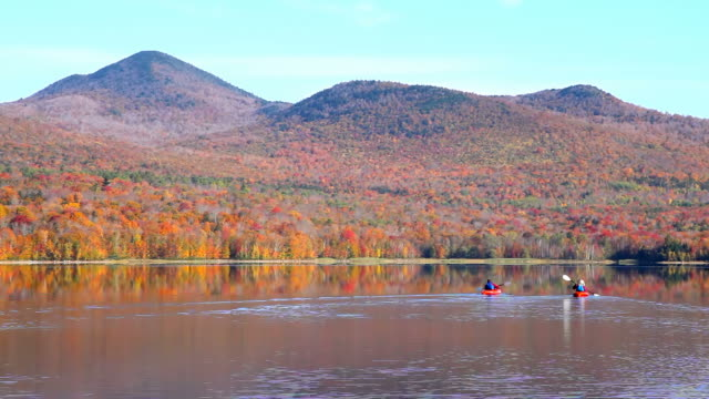 autunno nel vermont - vermont video stock e b–roll
