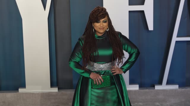 stockvideo's en b-roll-footage met ava duvernay at vanity fair oscar party at wallis annenberg center for the performing arts on february 9 2020 in beverly hills california - vanity fair