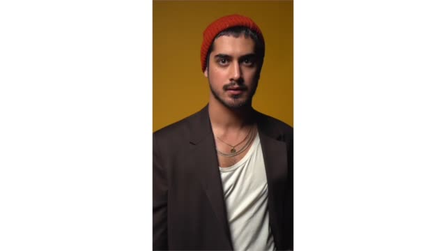 avan jogia from 'starz' now apocalypse' poses for a portrait in the pizza hut lounge in park city utah on january 27 2019 in park city utah - park city stock videos & royalty-free footage