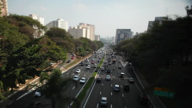 ws avenida 23 de maio 23 de maio avenue sao paulo streets and buildings / sao paulo, brazil - avenida stock videos & royalty-free footage