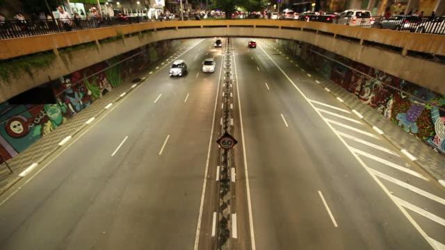 ws avenida paulista at night / sao paulo, brazil - avenida stock videos & royalty-free footage
