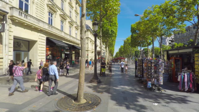 avenue des champs elysees in paris. - avenue des champs elysees stock videos & royalty-free footage
