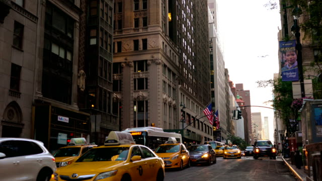 avenue. new york. - taxi stock videos & royalty-free footage