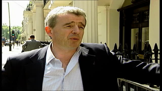 vídeos de stock e filmes b-roll de agrees takeover bid; london: michael o'leary interview sot - whether the highwayman is british or spanish, you're still going to get robbed gir:... - bandido