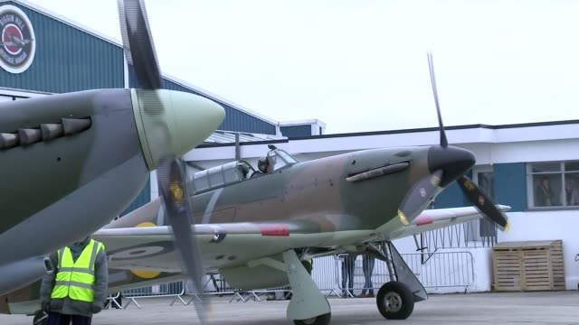 vídeos de stock, filmes e b-roll de raf centenary flypast at biggin hill spitifre front propeller slowing down and stopping / spitfire carrying allan scott taking off / various of... - força aérea britânica
