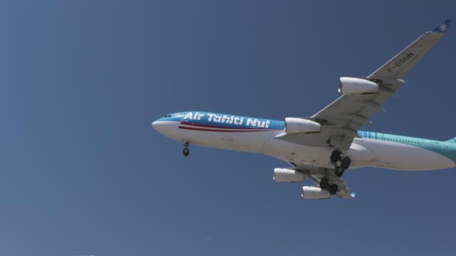 aviation - airbus stock-videos und b-roll-filmmaterial