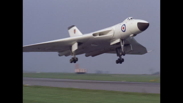 1959 RAF Avro Vulcan takes off at Waddington airfield