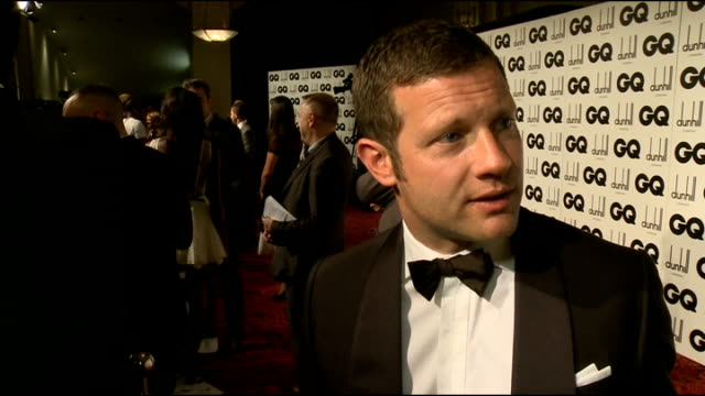 Arrivals and interviews Dermot O'Leary interview SOT Robbie Williams chatting to press on red carpet / Bono arriving Robbie Williams interview SOT on...