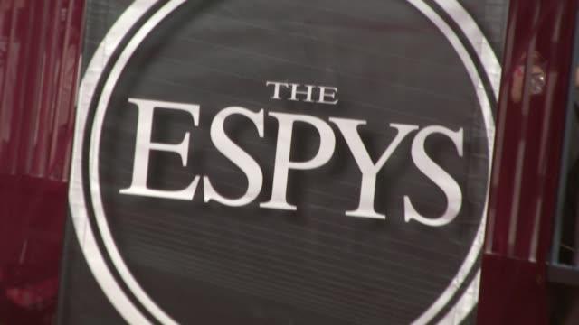 vídeos y material grabado en eventos de stock de awards at los angeles ca. - premios espy