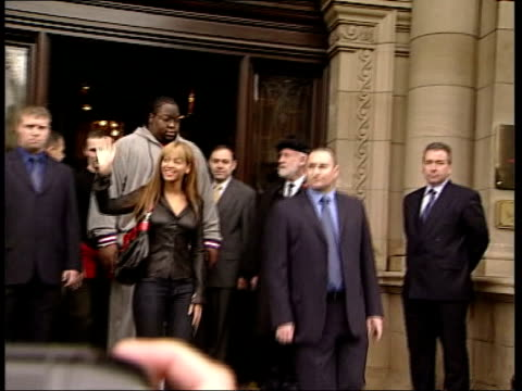 Edinburgh Singer Justin Timberlake arriving at hotel Singer Beyonce leaving hotel with entourage into car Singer Christina Aguilera along from hotel...