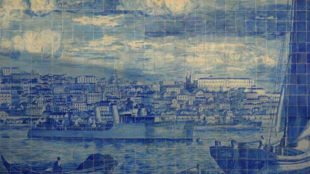 vídeos y material grabado en eventos de stock de azulejo at miradouro das portas do sol, alfama, lisbon, portugal - baldosa