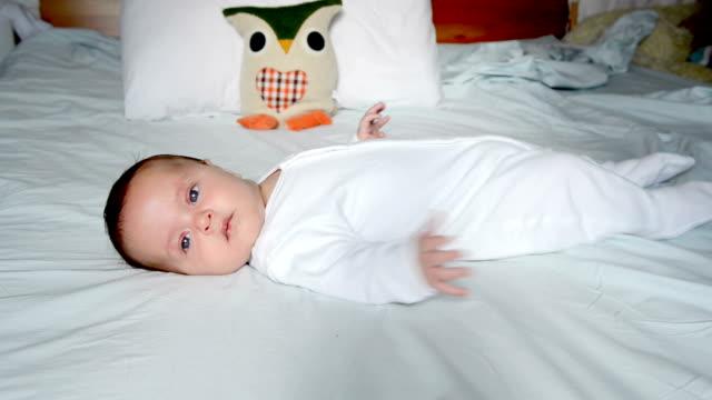 vídeos de stock, filmes e b-roll de baby boy - só bebês meninos