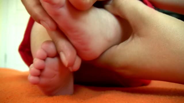 Baby-Fußmassage