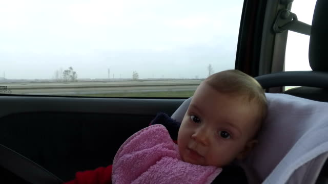 ベビー用のカーシート - 座席点の映像素材/bロール