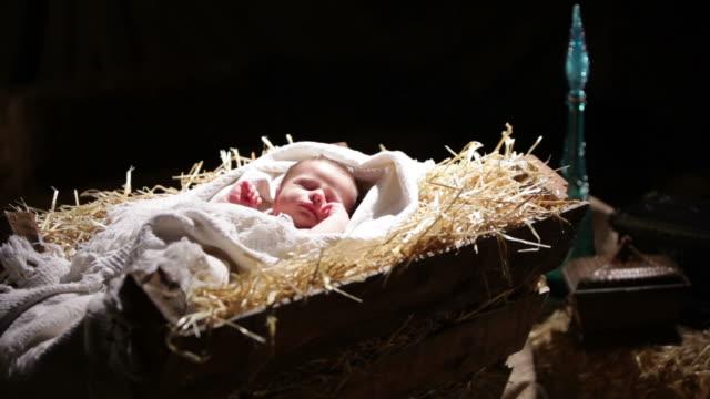 vídeos y material grabado en eventos de stock de baby jesus - jesucristo