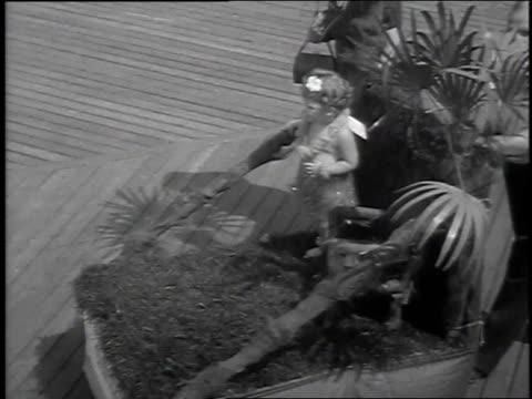 vidéos et rushes de 1939 montage baby parade / ocean city, maryland, united states - char de défilé
