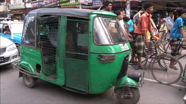 cng baby taxi - dhaka stock videos & royalty-free footage