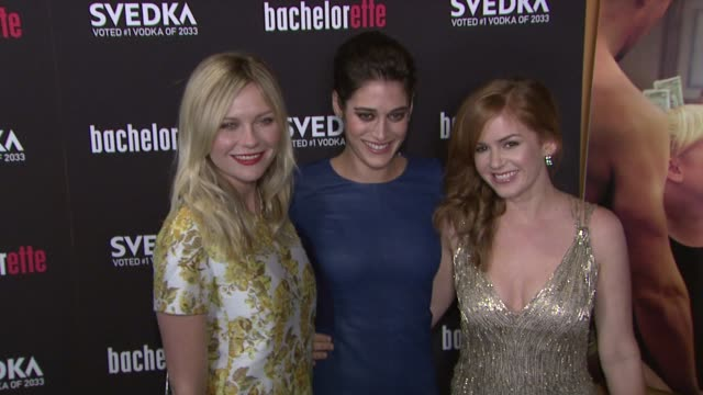 """bachelorette"" - new york premiere at sunshine landmark on september 04, 2012 in new york, new york - ブルック シールズ点の映像素材/bロール"