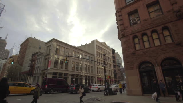 soho - back alley establishing shot - loft apartment stock videos & royalty-free footage
