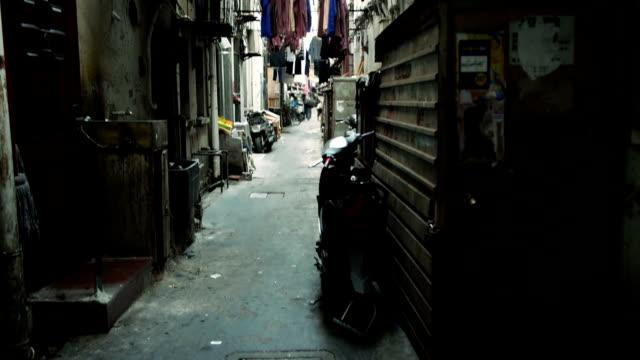 上海の裏道 - きつい点の映像素材/bロール
